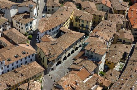 Il monitoraggio delle Politiche di Coesione 2014-2020: Il POR FESR della Regione Toscana nel sistema italiano