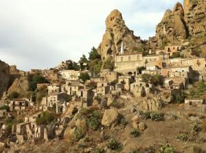 La progettazione integrata e la valorizzazione del patrimonio etno-antropologico delle minoranze linguistiche in Calabria